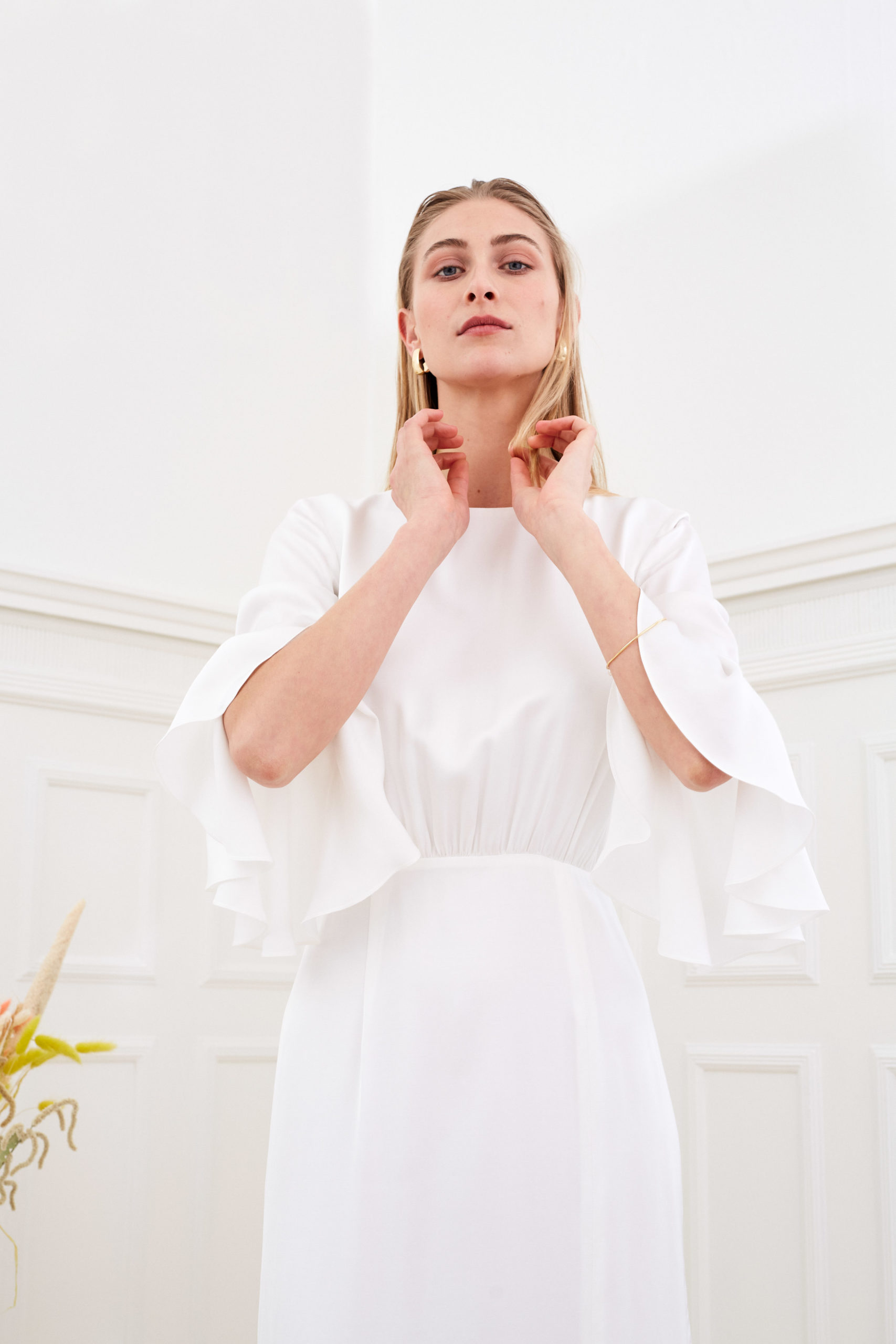 Marisa - Minimalist wedding dress flounce sleeve